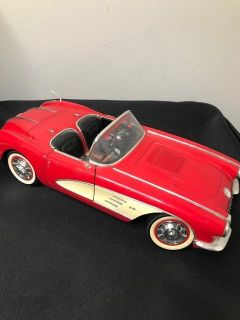 Solido 1958 Red Chevrolet Corvette Convertible Die-Cast 1/12 Scale Smoke and pet free home. Missing to 2 mirrors and one Door Handle. V