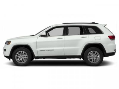2019 Jeep Grand Cherokee Laredo (Bright White Clearcoat)