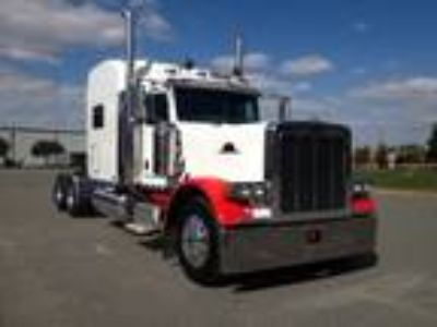 Used 2006 Peterbilt 379EXHD for sale.