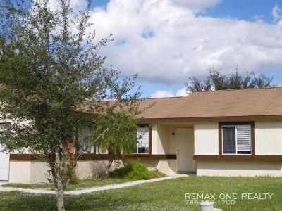 Single-family home Rental - 10933 Grandview Ct