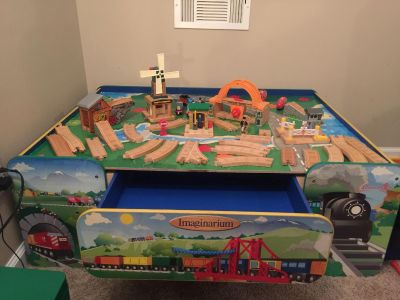 Imaginarium train table with drawer for storage