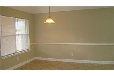 WELL MAINTAINED 4 BEDROOM HOME LOADED WITH UPGRADES. Parking Available!