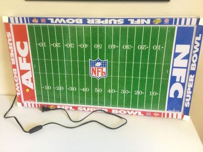 Tudor Games NFL Collectible Metal Electric Football Game