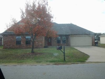 Brick home for rent 3 bedroom 2 bath (Whitewright)