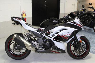 $4,195, 2014 Kawasaki Ninja 300 SE