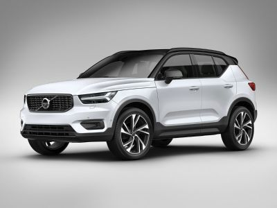 2019 Volvo XC40 (Fusion Red Metallic)
