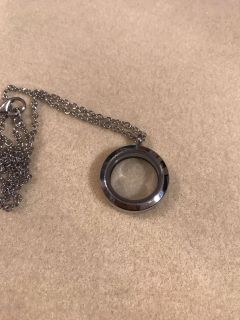 Small silver locket - holds floating charms - brand new! High quality