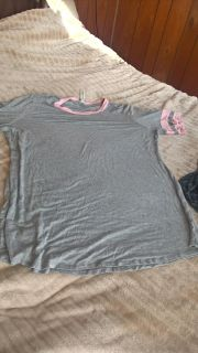 size 2x tunic worn once