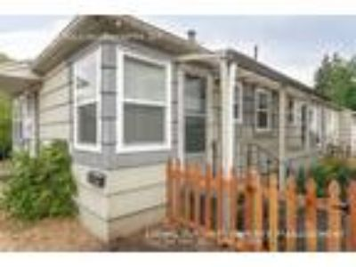 One BR One BA In Portland OR 97217