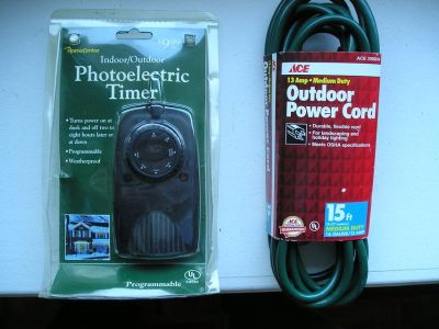 OUTDOOR PHOTOELECTRIC TIMER AND EXTENSION CORD