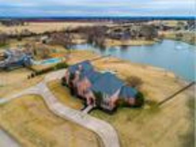 Spectacular home on 2.1 acres in North Collin Co., Celina, TX