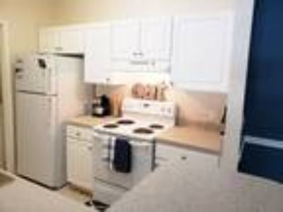 Auston Grove Apartment Homes - Hatteras with Sunroom