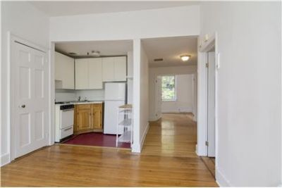 Large 2 Bedroom Apartment for Rent in Townhouse