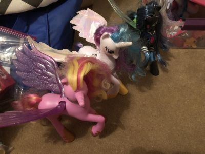 Rare MLP talking princess and queen