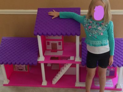 Barbie sized doll house **lot**
