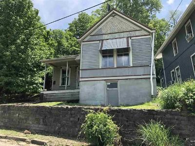 2 Bed 1 Bath Foreclosure Property in Dayton, KY 41074 - Brooklyn Ave