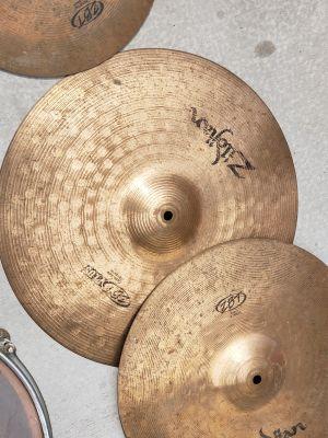 Vintage Drum Set