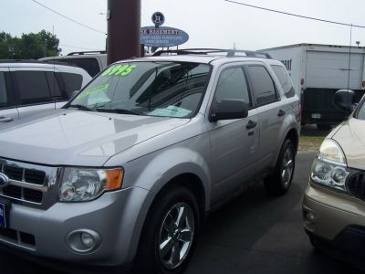 2009 FORD ESCAPE XLT LOADED AUTO COLD AIR~REDUCED~
