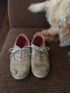 Sneakers size 13