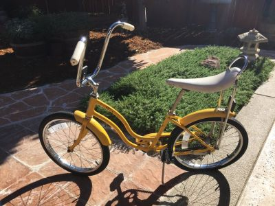 "Vintage 70's Schwinn Girls 20"" Stingray Bicycle"