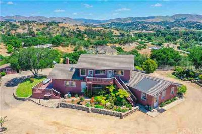 201 Valley View Place ARROYO GRANDE Three BR, Iconic Country Home