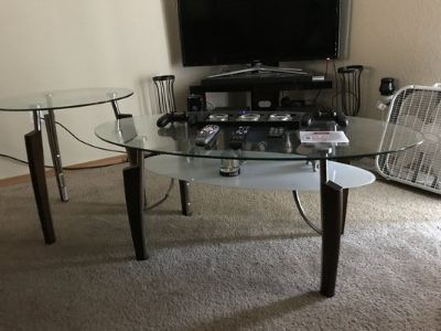 Dining room table $50 firm for the next 24 hours