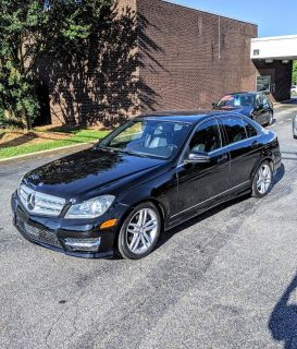 2013 Mercedes-Benz C-Class C250 Luxury (Black)