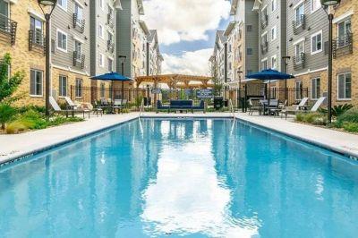 $3570 2 apartment in North San Antonio