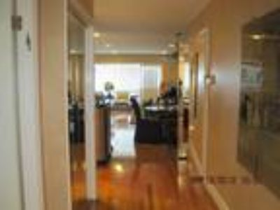 Exquisite completely renovated jr4 with dining room enclosed with french doors