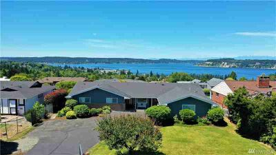 1714 S Karl Johan Ave Tacoma Four BR, A Spectacular View