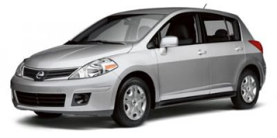 2011 Nissan Versa 1.8 SL (Brilliant Silver Metallic)
