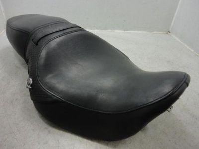 Sell 97-07 Harley Davidson Touring Road King BASKET WEAVE SEAT DRIVER PASSENGER motorcycle in Massillon, Ohio, United States, for US $219.95