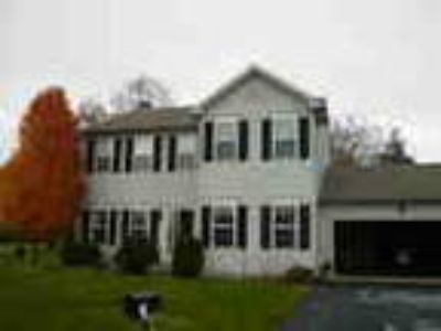 Beautiful House Four BR 2 Five BA With 0 3 Acres Lot For Rent