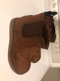 Cat and Jack Boy s Boots