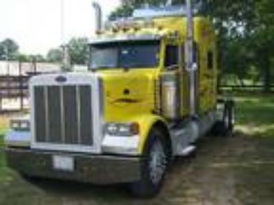 Used 2006 Peterbilt 379 for sale.