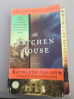 Paperback the kitchen house