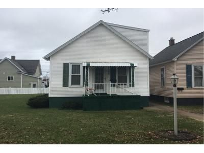 1 Bed 1 Bath Preforeclosure Property in Escanaba, MI 49829 - 1st Ave N