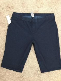 Bermuda shorts size extra large brand-new with tag $8