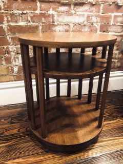 Unique Mid Century Modern Wood Side / End Accent Table (EXCELLENT CONDITION!)