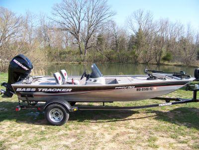 2015 Tracker BASS TRACKER PRO TEAM 170 W/ MERCURY 40 & TRAILER Jon Boats West Plains, MO
