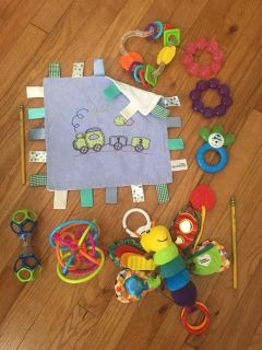 Bundle of 3 month to 7 month toys