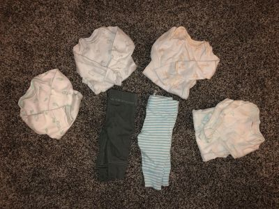 Adorable like new newborn onesie and pants