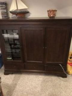 Wall Unit/Tv Hutch