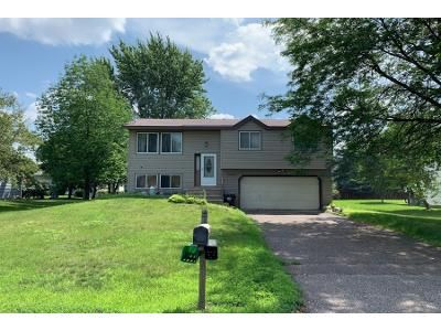3 Bed 1 Bath Preforeclosure Property in Andover, MN 55304 - Quay St NW