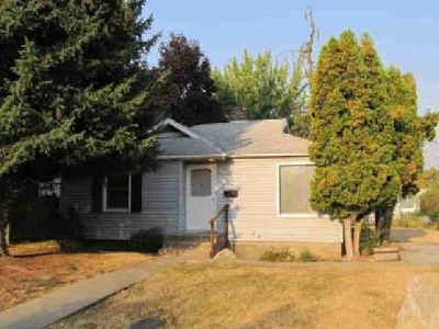 814 Pine St Colville, Cute Two BR One BA home in with all