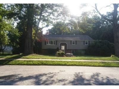 3 Bed 1.5 Bath Foreclosure Property in East Hampton, CT 06424 - Smith St