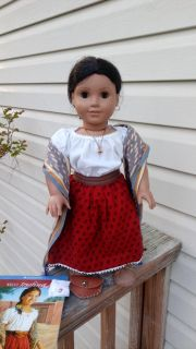 American Girl doll Josefina made by Pleasant Company. Comes in full meet, all accessories & book. Excellent condition