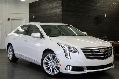 2019 Cadillac XTS Luxury (Crystal White)