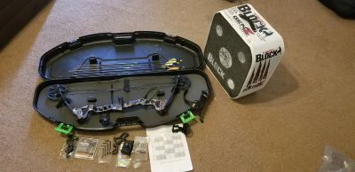 Youth Barnett Vortex Compound Bow with accessories