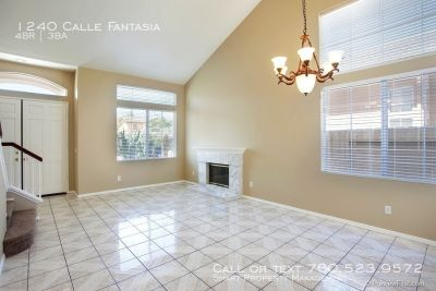 Beautiful Home in San Marcos! No Carpet!